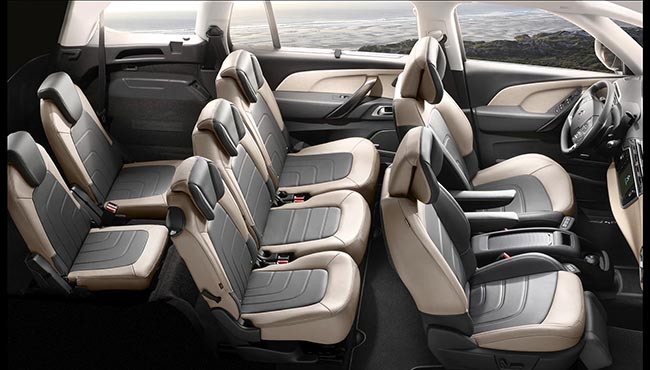 Citroen C4 Grand Picasso 7 places : intérieur
